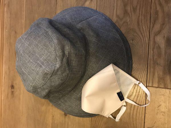 ロサブランの帽子とマスク